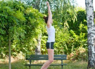 Fitnessübung Strecksprung