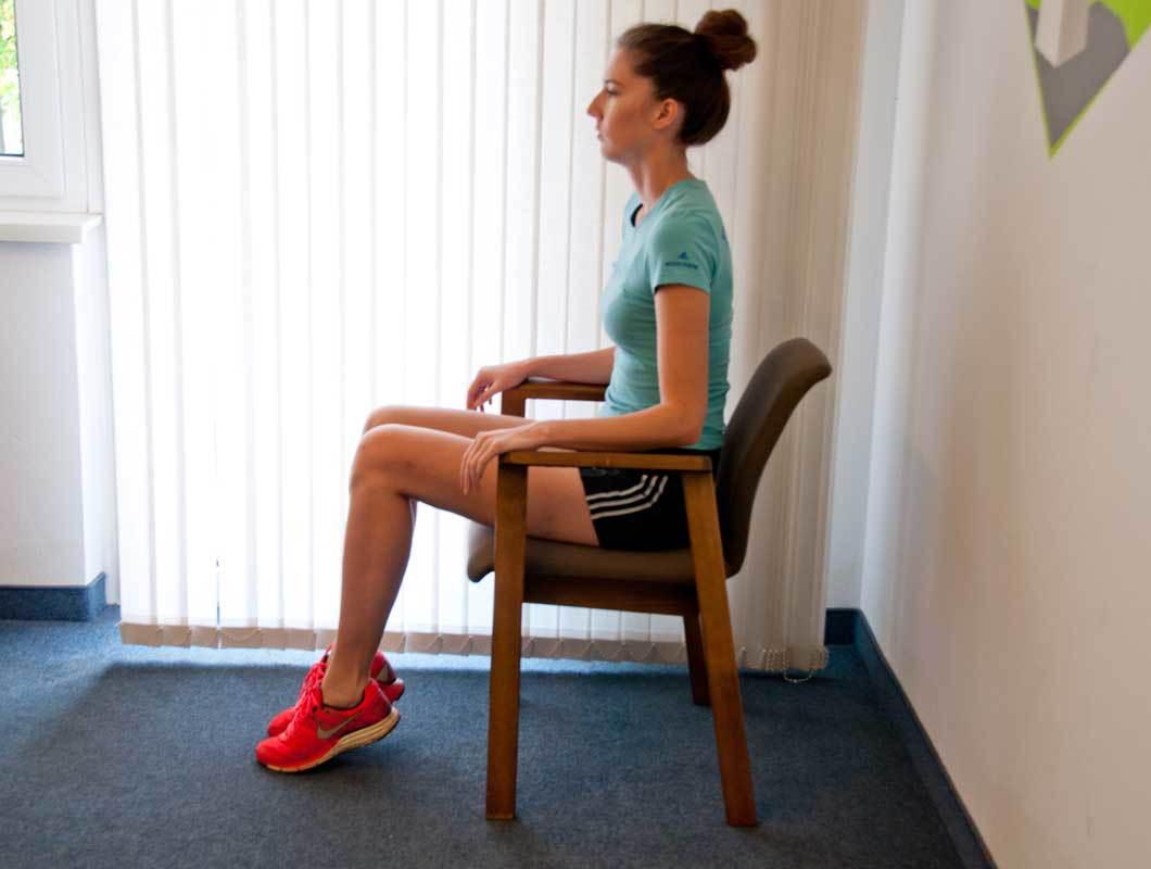 Beine trainieren mit Sessel