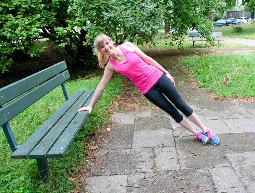 Liegestütze üben Outdoor Workout