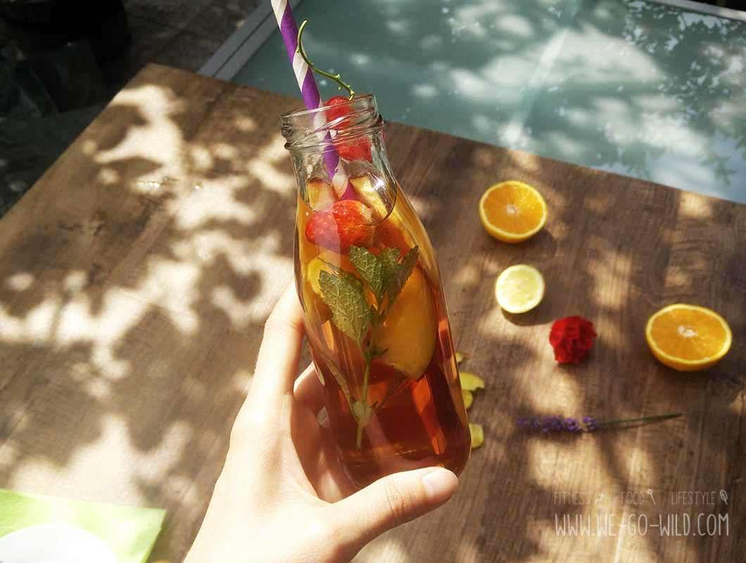 Eistee selbstgemacht mit Früchtetee