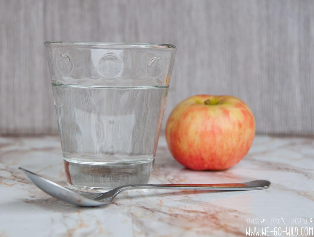 Wie man Zimtwasser zur Gewichtsreduktion macht
