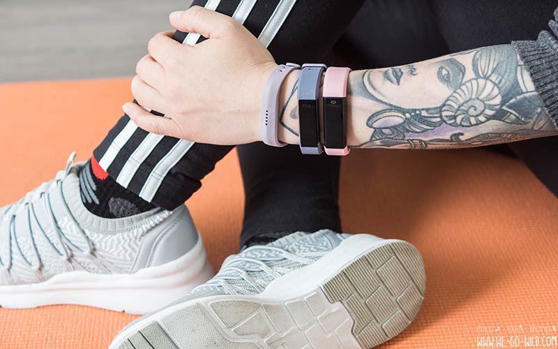 gro er smart armband vergleich 3 fitness tracker f r frauen im test. Black Bedroom Furniture Sets. Home Design Ideas