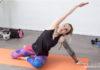 Faszien Yoga Übung Meerjungfrau gegen Rückenverspannungen