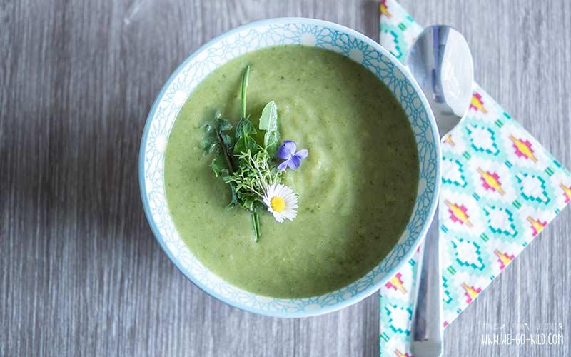 Wildkräutersuppe Rezept mit Kartoffeln für eine Frühlingssuppe