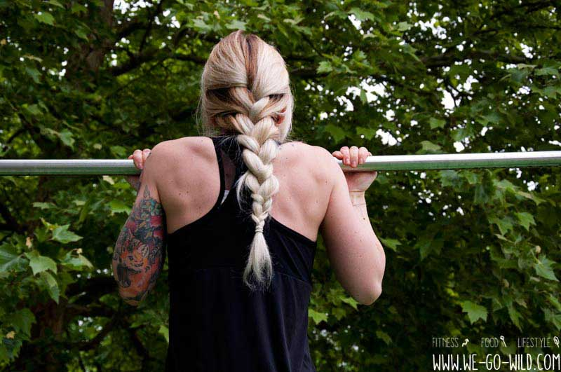 Calisthenics Übungen Klimmzüge für Frauen