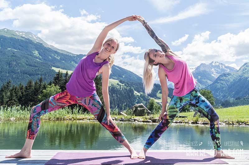 Partner Yoga Übungen zu zweit
