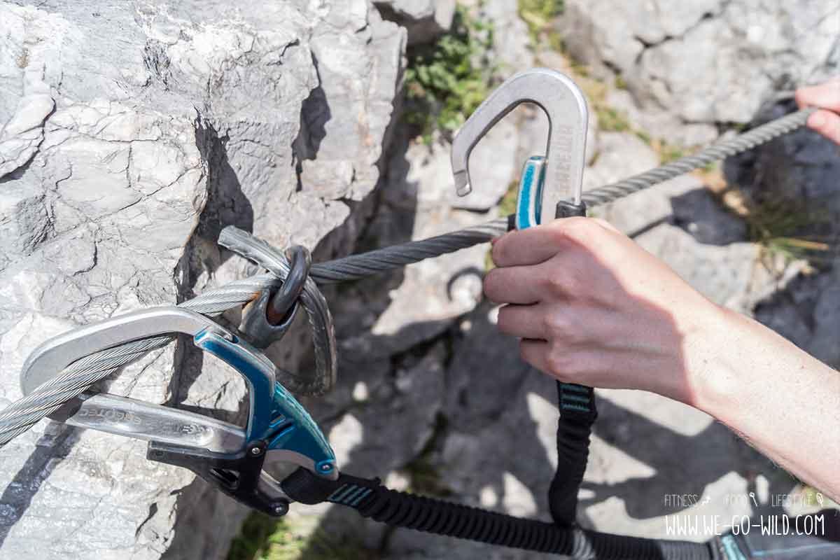 Klettersteig Bandschlinge : Klettersteig ausrüstung das brauchst du wirklich we
