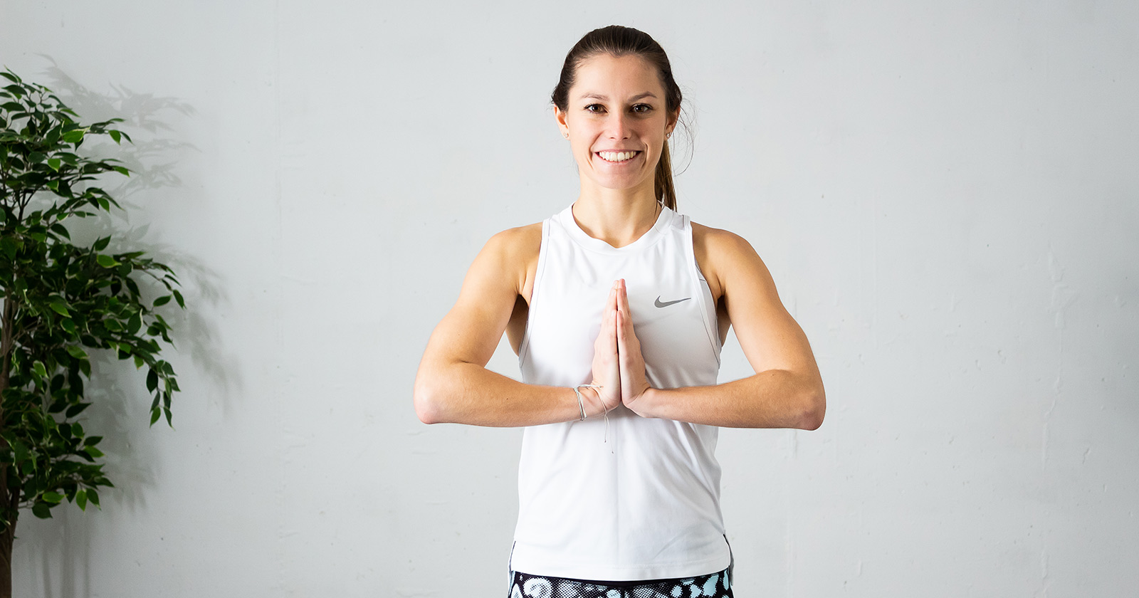 Brustmuskel trainieren Frau: Starke Brust & sexy Dekolleté