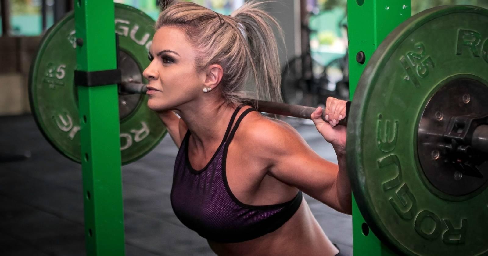 Größere brustmuskel brust frau trainieren Brust vergrößern